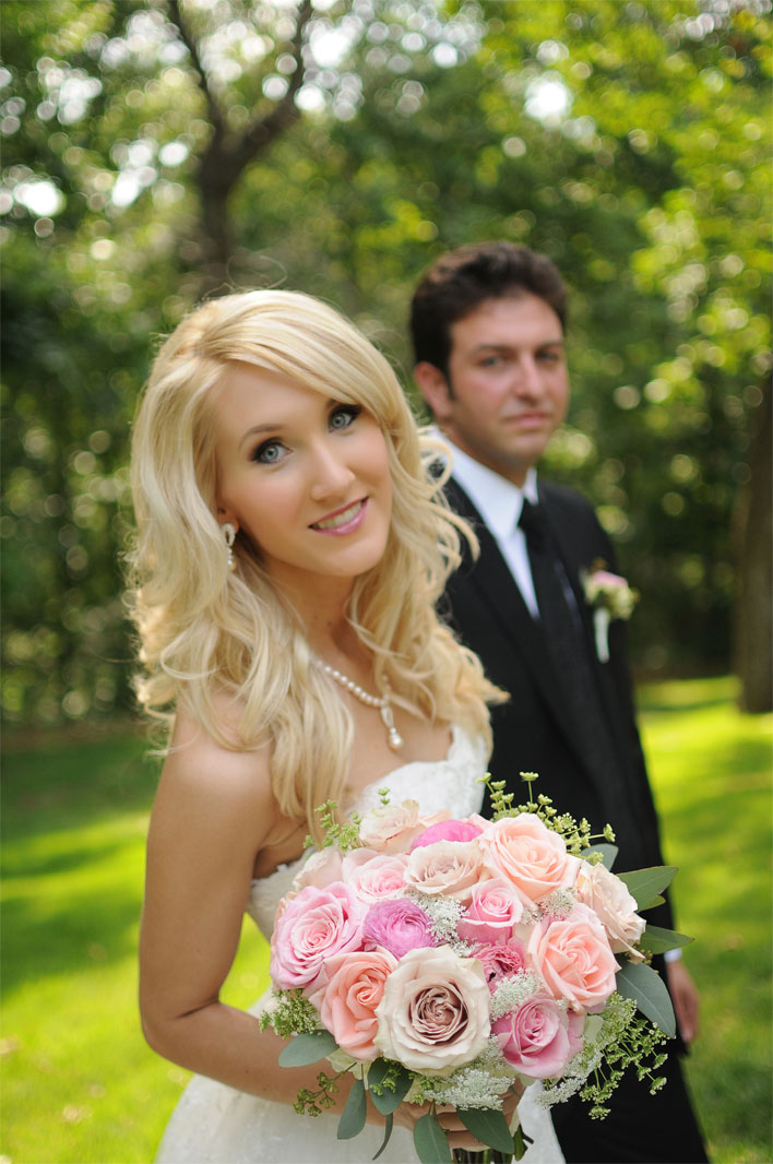 ashley-real-wedding-skelly-lodge-2