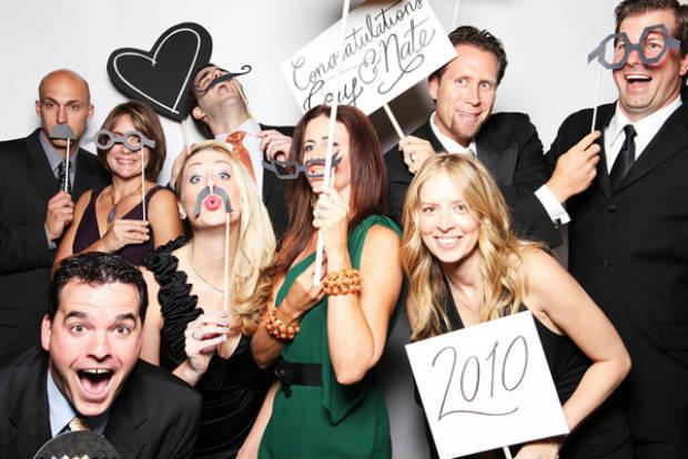 mustache-wedding-party