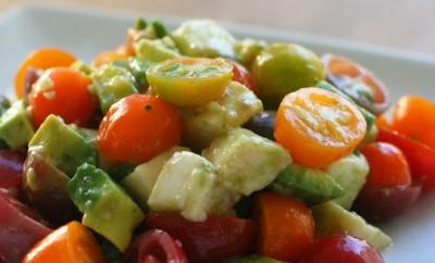 tomato, avacado & mozzarella salad