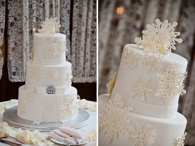 winter wonderland wedding cake pictures snowflake wedding cake bumps and bottles 27573