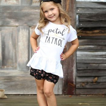 10 Perfect Little Gifts for Your Flower Girl