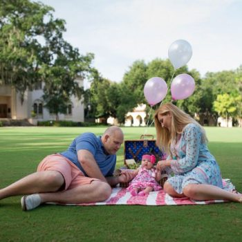 Pretty Picnic Family Session From Corner House Photography