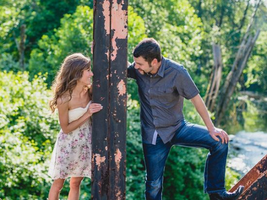Spring Engagement Photo Ideas