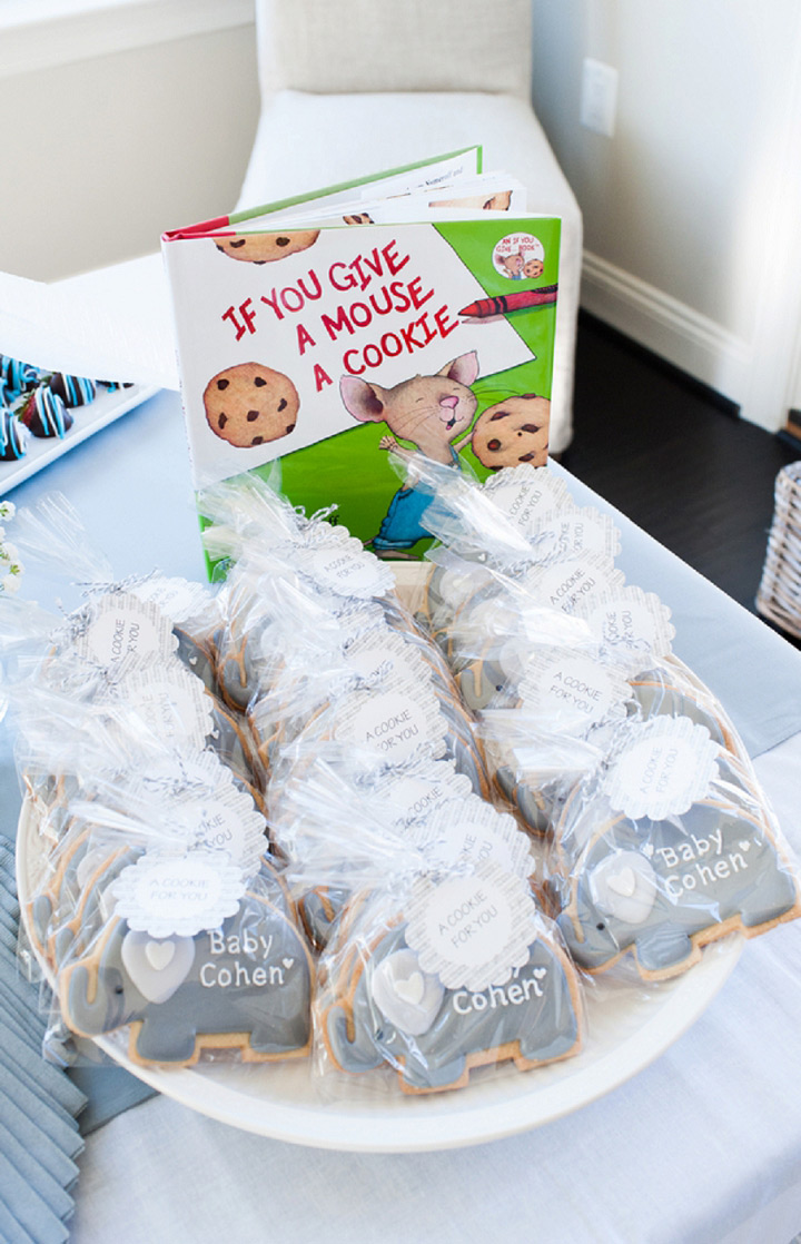 """""""If You Give a Mouse a Cookie"""" Baby shower cookie favors"""