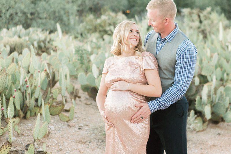 Glamorous Desert Maternity Shoot